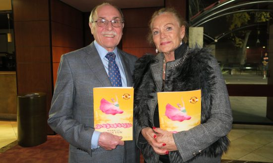 Shen Yun's Beauty Impresses Attorney and Former Model