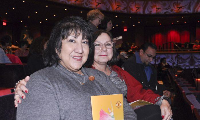 Texas Theatergoer Finds Spirituality in Shen Yun Performance