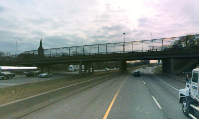 This overpass—Indiana Avenue over the southbound lane of I-75 in Toledo—was the site of a lethal assault. (Screenshot—Bing Maps)
