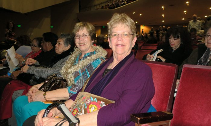 Executive Director Amazed by Shen Yun Dancing and Backdrop