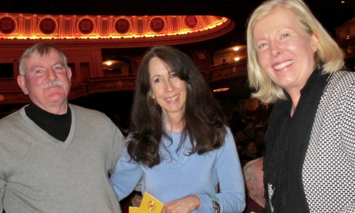 Journalist Enjoys the Beautiful, Cultural Spectacle at Shen Yun
