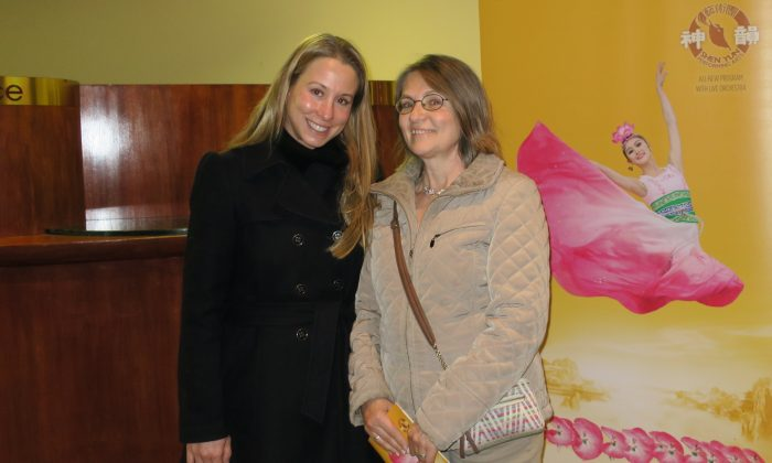 Costume Designer Moved by Spirituality of Shen Yun