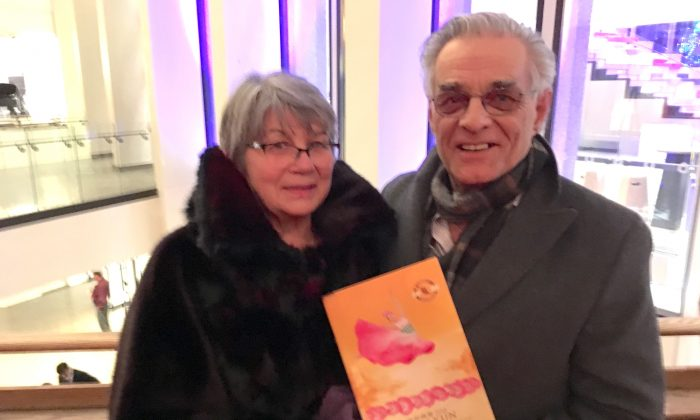Theatregoer Touched by Shen Yun's Messages of Humanity, Spirituality, and Love