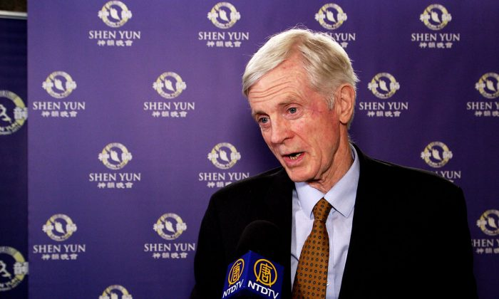 Former Secretary of State David Kilgour Praises Shen Yun for Presenting Traditional Chinese Culture