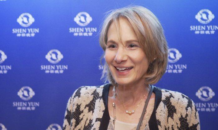 CPA Says She Takes a 'Cultural Visit to China' at Shen Yun