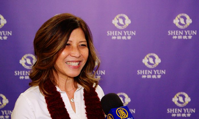 University Professor Says Shen Yun Is Spectacular