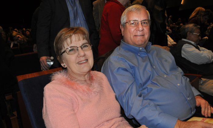 Couple Enthralled With Shen Yun in Little Rock