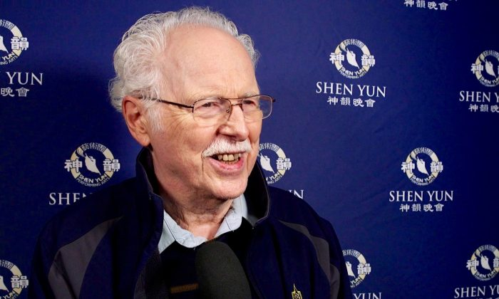 Retired Minister, Professor Praises 'Beautiful Expression' in Shen Yun