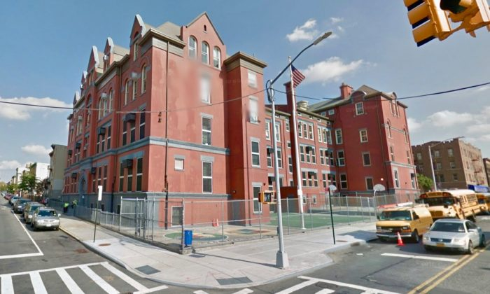 Edward Everett Hale School in Brooklyn, N.Y. (Screenshot via Google Maps)