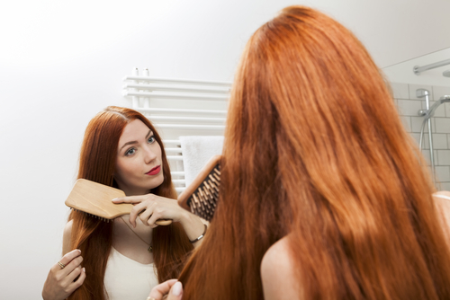 To support your liver comb your hair with a wooden brush. (JL-Pfeifer/Shutterstock)