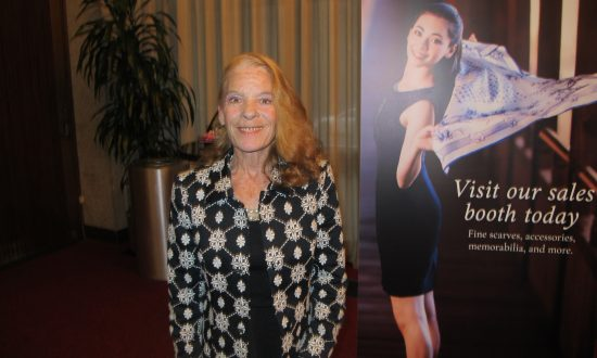Former Gymnast Has Feeling of Gratitude After Watching Shen Yun