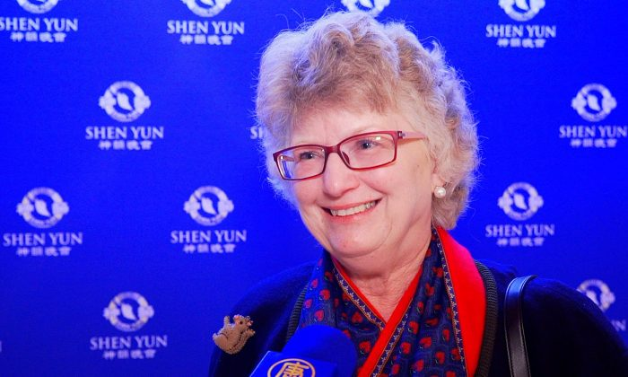 Shen Yun's Erhu Soloist A Special Treat for Theatergoer