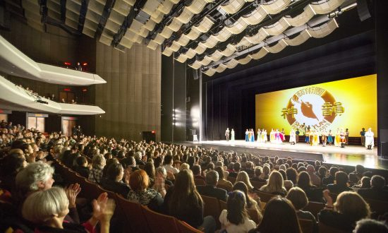 Theatergoer Enjoys Fun and Learning at Shen Yun