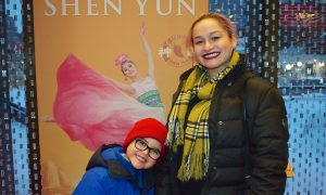 Theatergoer Moved to Tears by Shen Yun