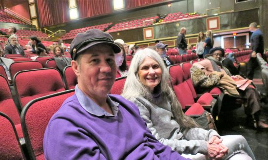 Theatergoers Feel Called to Shen Yun Despite a Snowstorm
