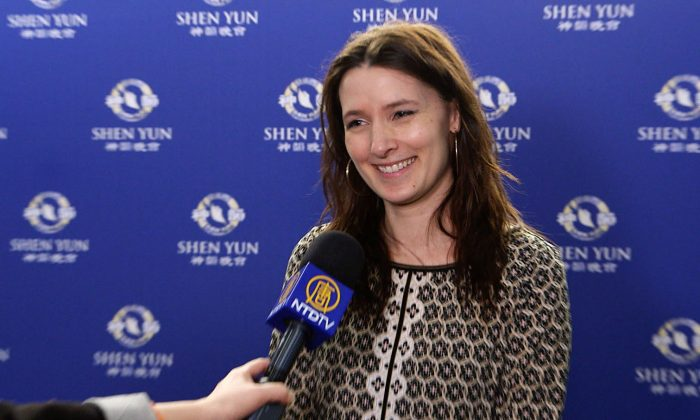 Singer Expresses Admiration for Shen Yun Soprano