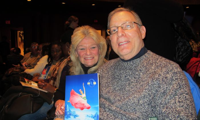 Consultant Finds Spiritual Connection at Shen Yun