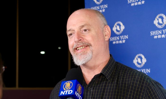 Shen Yun Touches Solicitor to the Core
