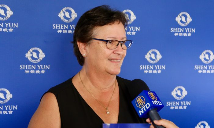 Environmental Educator Felt the Healing Power of Shen Yun