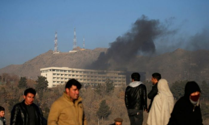 Smoke rises from the Intercontinental Hotel during an attack in Kabul, Afghanistan January 21, 2018.  (Reuters/Mohammad Ismail)