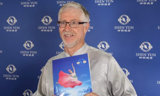 Shen Yun Dancers 'Amazing Athletes' Sports Lecturer Says