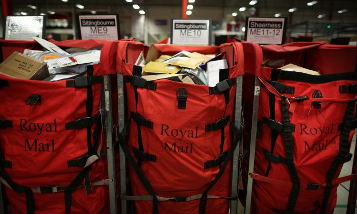 Stephen Simmons, who was convicted of stealing some Royal Mail bags in 1976, had his conviction overturned after it came to light that the officer who arrested him had framed others years later for the same crime with which he was charged. (Peter Macdiarmid/Getty Images)