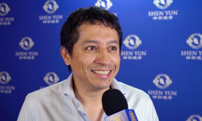 Shen Yun Is Magic, Theatregoer Says