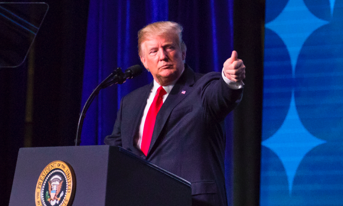 President Donald Trump speaks at the 99th annual American Farm Bureau Convention in Nashville, Tenn., on Jan. 8, 2018. (Samira Bouaou/The Epoch Times)