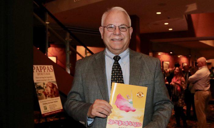 Baltimore Theatergoer Enjoys the Music at Shen Yun