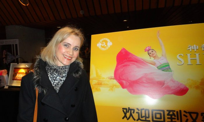 Shen Yun Inspires with Beauty and Positivity, Says Former Dancer