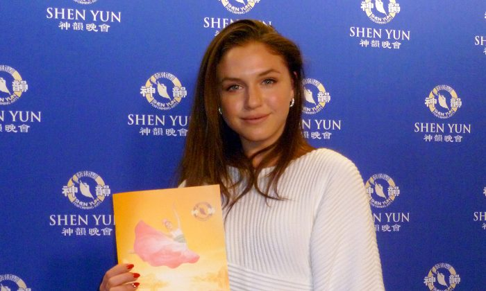 Canadian Ballet Dancer Impressed by Shen Yun's Vibrant Performance