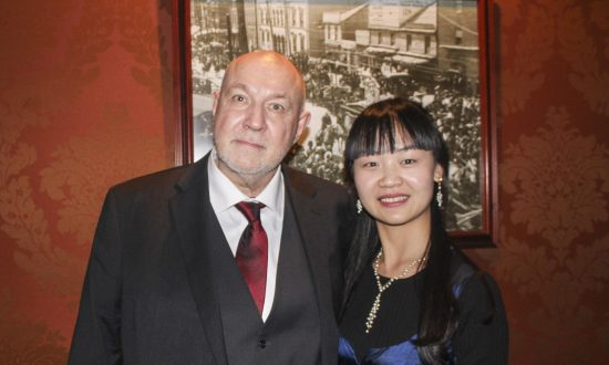 Entomologist Says Emotions Come Through Strongly at Shen Yun