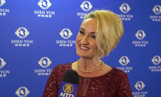 Business Owner 'Absolutely Blown Away' by Shen Yun