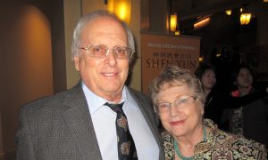 Retired Professional Musician Says Shen Yun Artists 'Flawless'