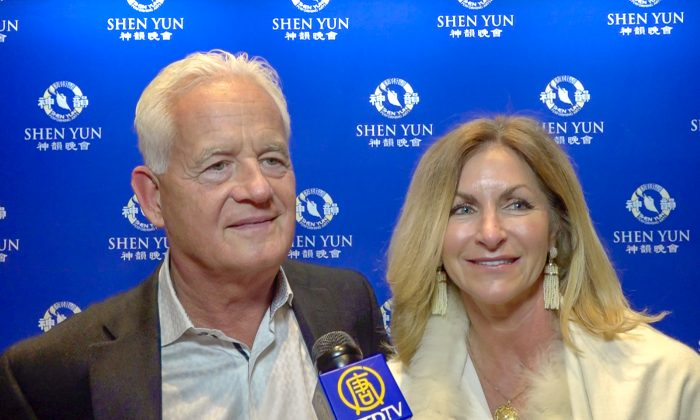 Orthopedic Surgeon Enjoys Heavenly Inspired Stories at Shen Yun