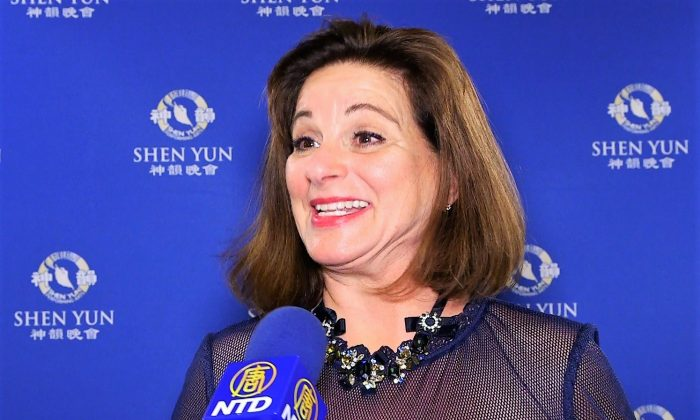 Insurance Company Owner Loved Shen Yun's 'Gracefulness and the Storytelling'