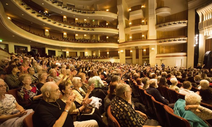 Theatergoer: Shen Yun is 'Really, Absolutely Perfect'