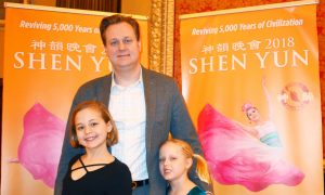 Shen Yun Is 'Very Touching and Tranquil,' Cardiologist Says