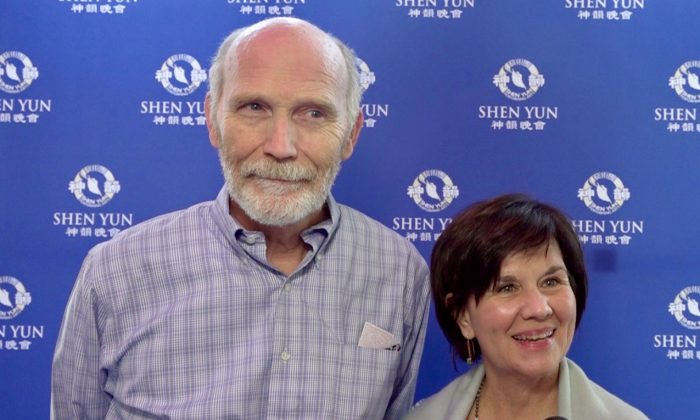 Attorney Enjoys Soothing Aspects of Shen Yun