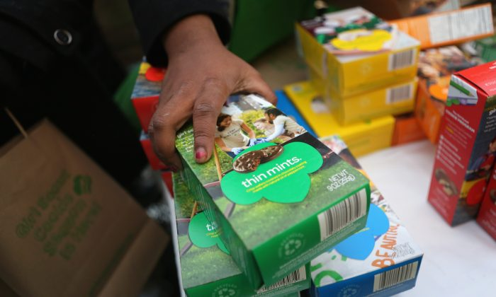 Girl Scouts sell cookies in this 2013 file photo. (Photo by John Moore/Getty Images)