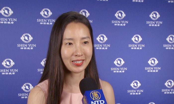 Violinist Says Shen Yun 'Was Like Magic'