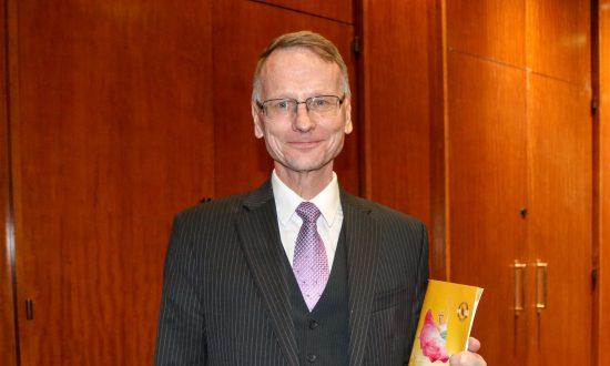 Swedish Colonel Enjoys the Spirituality at Shen Yun