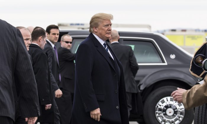 President Donald Trump arrives at Greenbrier Valley Airport in Lewisburg for the 2018 Annual House and Senate Republican Conference, in White Sulphur Springs, W.Va., on Feb. 1, 2018. (Samira Bouaou/The Epoch Times)