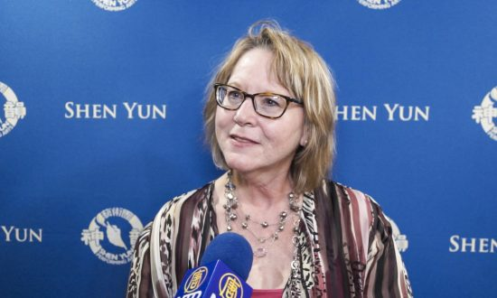 Writer Enjoys the Creative and Artistic Storytelling at Shen Yun