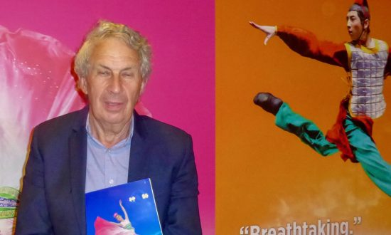 Theatre Director Finds Shen Yun Visually Compelling