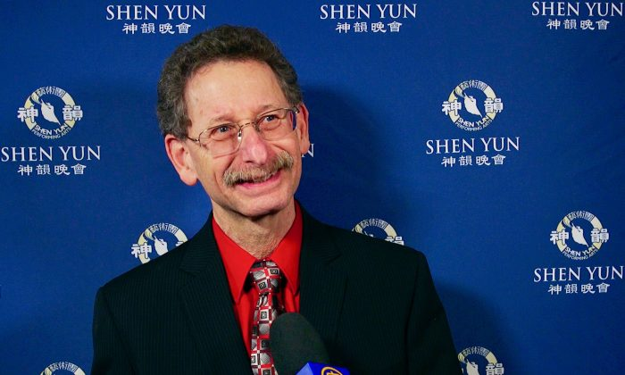 Shen Yun's Artistry and Storytelling Impress Professor