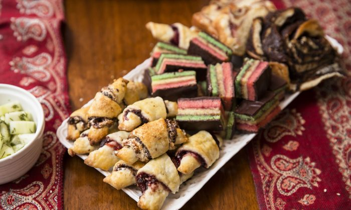 Rugelach, Italian cookies, and babka for dessert. (Samira Bouaou/The Epoch Times)