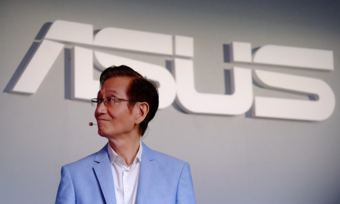 Jonney Shih, chairman of Taiwan's AsusTek Computer, during a press conference in Taipei on May 30, 2016. Asus has announced a complete withdrawal of its Asus Cloud services from China's cloud storage market to avoid having to comply with its intrusive cybersecurity law. (Sam Yeh/AFP/Getty Images)