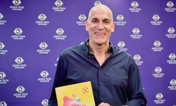 General Manager Impressed With Teamwork of Shen Yun Dancers
