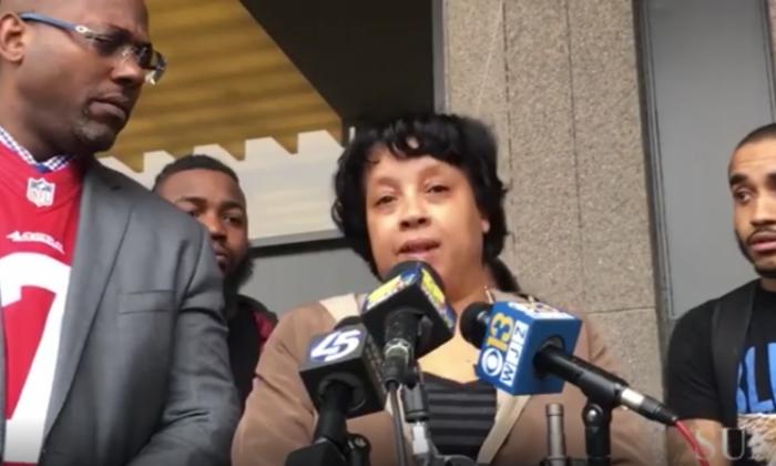 Korryn Gaines's mother (C) and estate attorney, J. Wyndal Gordon speak to the media following the verdict on Feb. 16, 2018. (Screenshot via Video Elephant/Kevin Richardson/Baltimore Sun video)